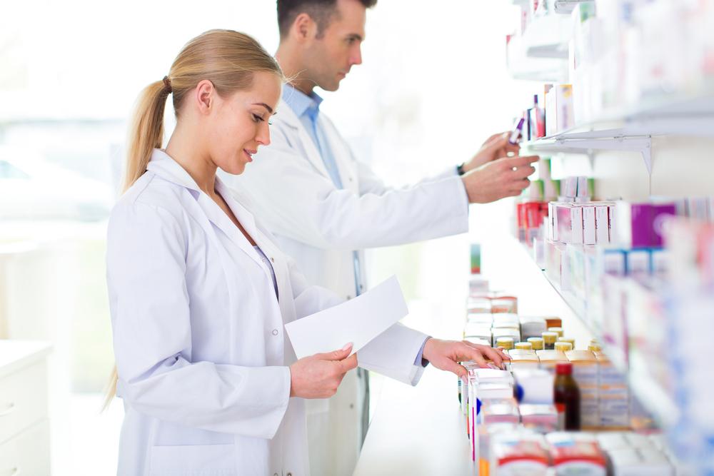 薬剤師の平均年収